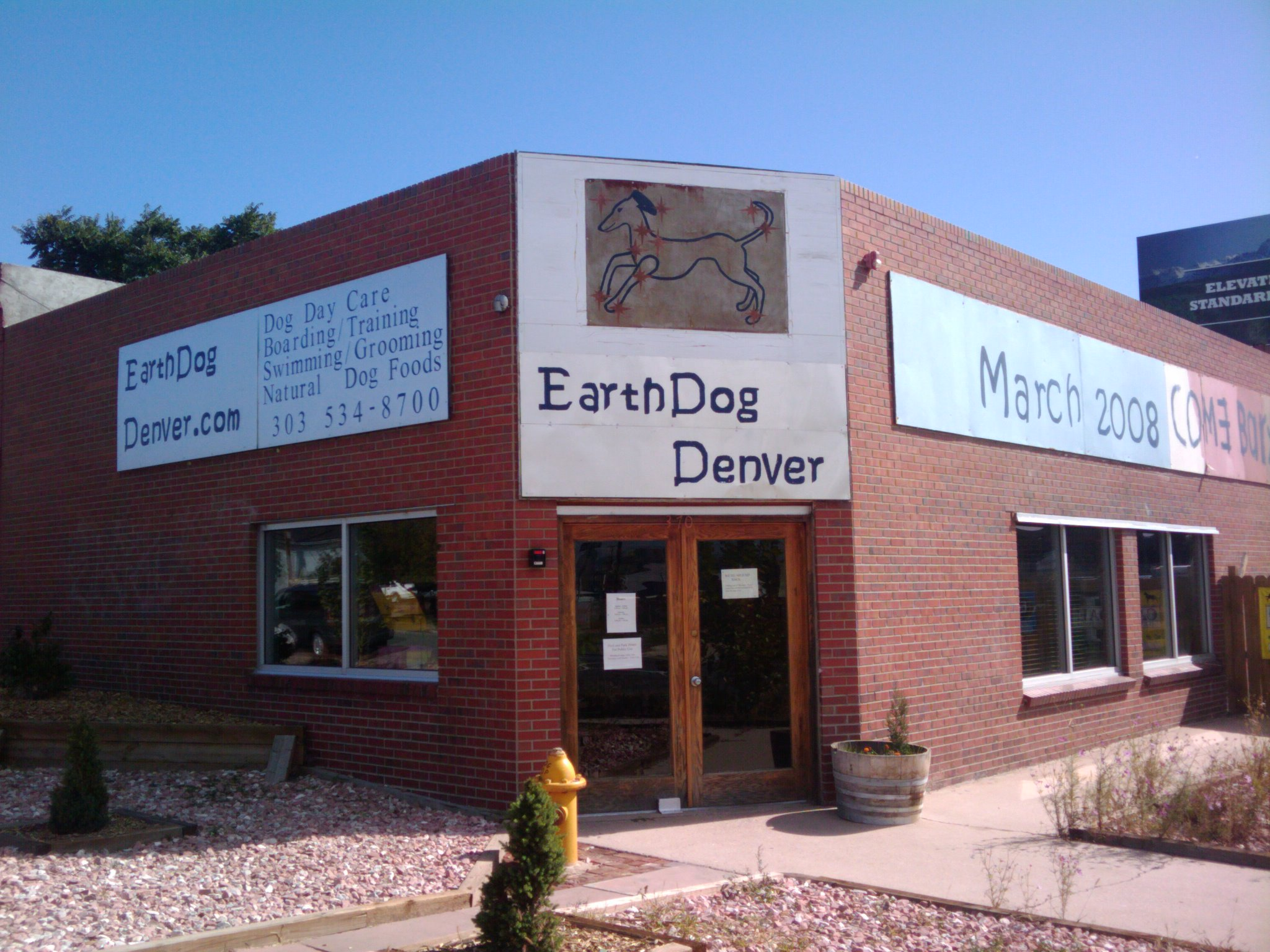 Earth Dogs Front Door Baker Now South Denver